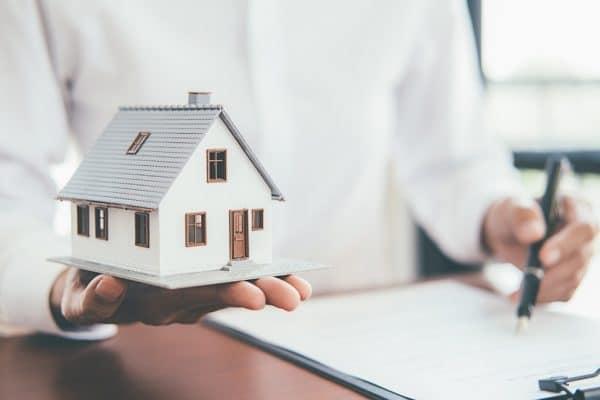 Assurance habitation : les Français ont dépensé, en moyenne, 160 euros à l'année en 2020