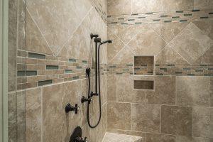Quel type de carrelage choisir pour le sol de sa salle de bain ?