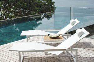 Idées de transats design pour le bord de la piscine
